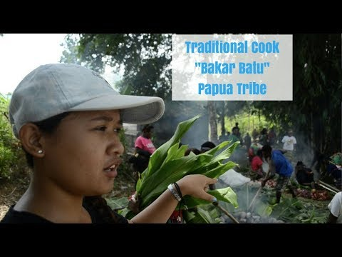 'BAKAR BATU' TRADITIONAL COOK | PAPUA INDONESIA