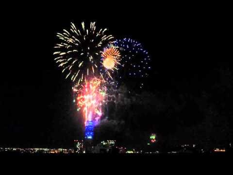 HAPPY NEW YEAR 2016 - TORRE ENTEL SANTIAGO DE CHILE