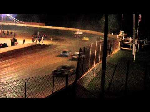 Lake Cumberland Speedway 10 22 11 fwd feature part 2 CRASH