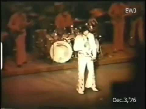 Elvis Presley - December 3 1976, Las Vegas (dinner show)