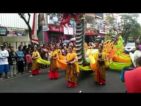 karnaval di tulungagung 2016,AYEM TENTREM MULYO LAN TINOTO