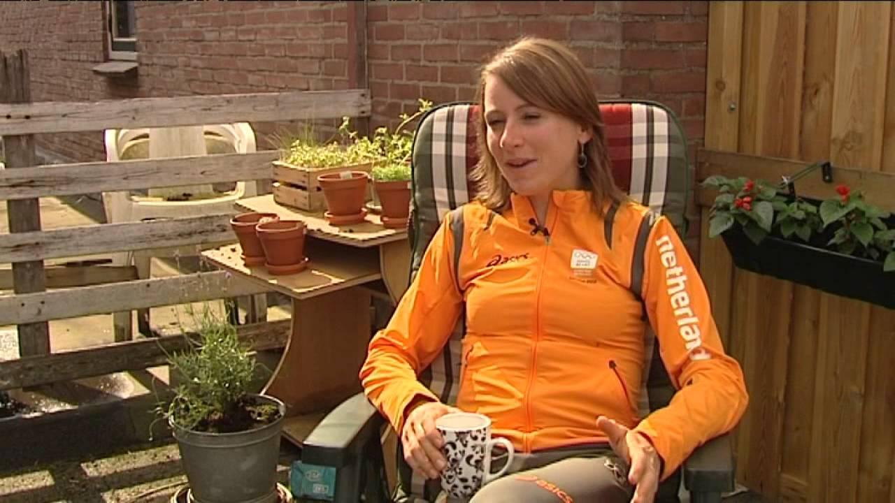 WK volgende doel voor Annemiek van Vleuten - YouTube
