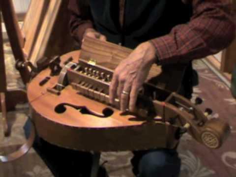Hurdy Gurdy (Instrument)