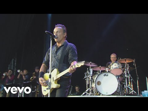 Cover Me (from Born In The U.S.A. Live: London 2013)