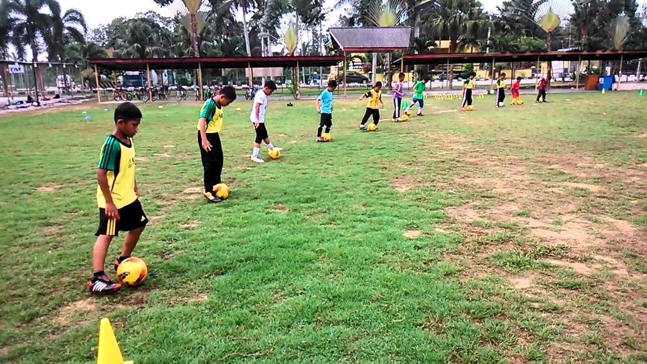 Latihan Asas Bola Sepak Youtube