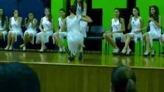 """Caída de """"Señora Huila"""" Laura Saavedra! en pasarela Concurso Nacional 2014"""