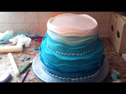 How To Make Waves On A Cake With Icing
