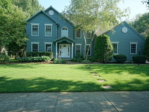 2 Laura Lane, Saratoga Springs, NY 12866