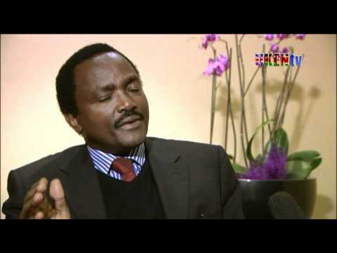 H.E Hon Kalonzo Musyoka talks to Janet
