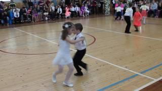 Спортивные бальные танцы начинающих. Ча-ча-ча Полька Дети выступают впервые! конкурс цветы весны