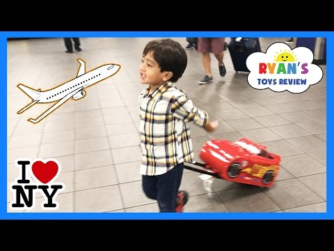Ryan ToysReview airplane ride and opening surprise eggs!