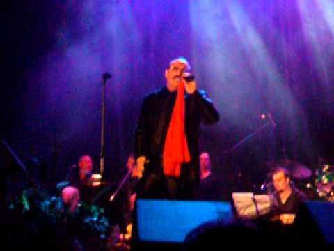 di quinto rocco concert 2010 a gylli ( je l'aime encore )