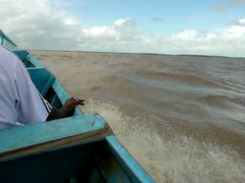 SURINAM-GUYANA. Cruce ilegal de la frontera
