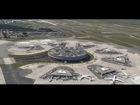 Exclusif vu du ciel:Aéroport Roissy Charles De Gaulle/Airport Paris views from the sky ©