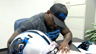 Panthers sign Thomas Davis to two-year extension