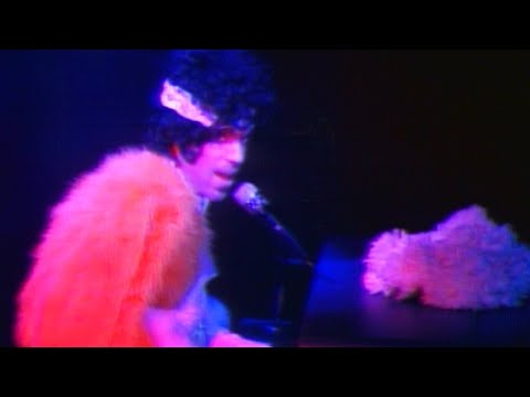 Prince & The Revolution - The Beautiful Ones (Live 1985) [Official Video]