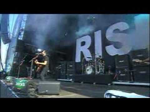 Rise Against - Blood To Bleed (Live @ Southside)