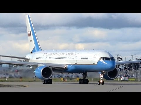 Air Force 2 ● 2x USAF Boeing C-32As (757) - Takeoff at Melbourne Airport (USA Vice President)