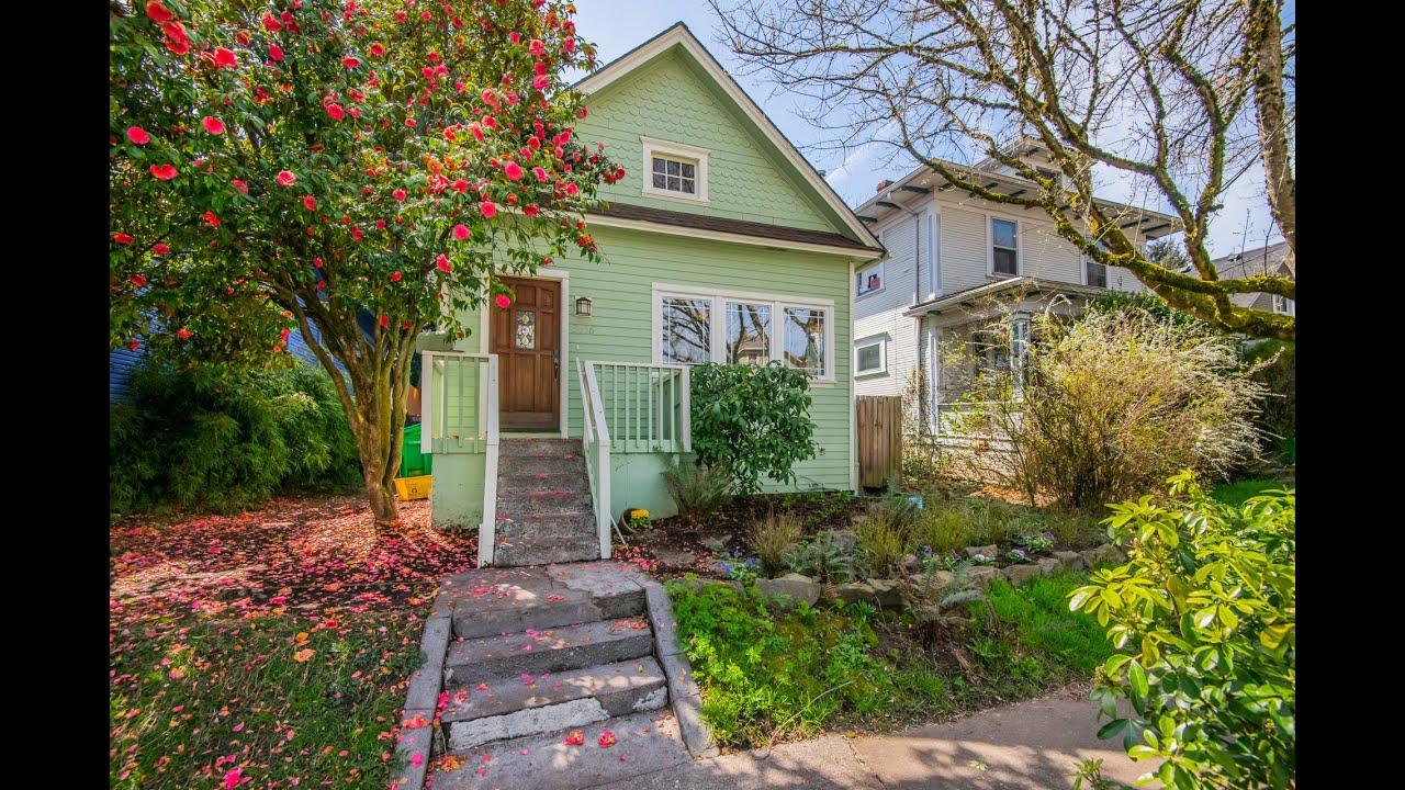3636 SE Morrison St  Portland, OR