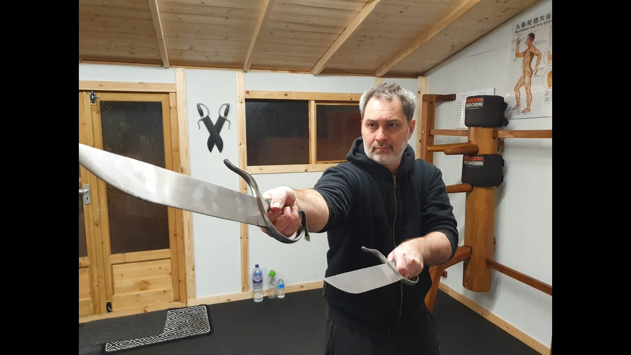 Butterfly Swords Intro Sifu Dominic Békés 'William Cheung Wing Chun'