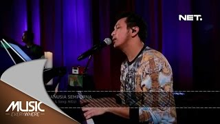 Video Nidji - Manusia Sempurna (Live at Music Everywhere) * download MP3, 3GP, MP4, WEBM, AVI, FLV April 2017