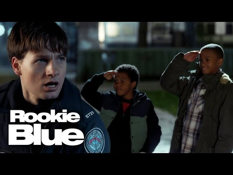 Dove Gets a Helping Hand | Rookie Blue