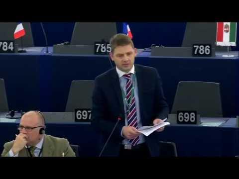 """Petr Mach na plénu EP: """"Evropská unie je největší omyl v dějinách"""""""