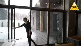 видео Входные двери из дерева, алюминия, пластика и стеклокомпозита