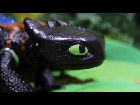 Как приручить дракона: растим Беззубика / Dragons / Spin Master
