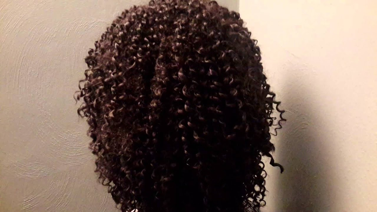 Hair Co. Freetress Bohemian crochet - YouTube