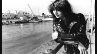 Watch Kate Bush While Davy Dozed video