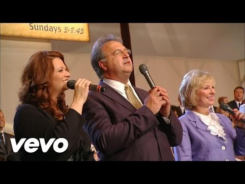 Bill & Gloria Gaither - Down to the River to Pray [Live]