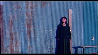 Kiroroの4thシングル「青のじゅもん」のミュージックビデオ。1999年リリ...