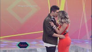 Pintou um clima: Zé Felipe e Babi Rossi 'se beijam' no palco thumbnail