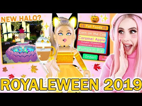 Reacting To The BRAND NEW FALL 2019 ROYALE HIGH UPDATE! Roblox Royale High Brand New Update