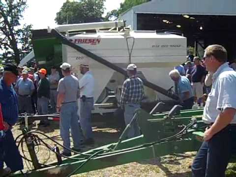 East-central Iowa auction 8/28/09