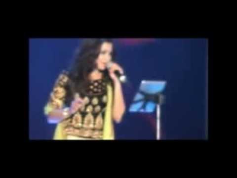 Shreya Ghoshal in Cochin - 2014