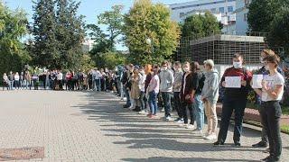 Минск. ФПМИ и МехМат БГУ тоже вышли на акцию солидарности.