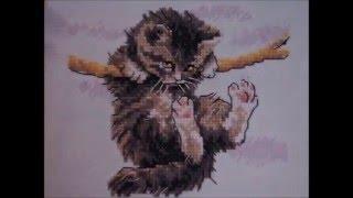 завершила процесс котёнок вышивка крестиком