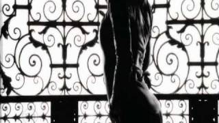 Jennifer Lopez feat. Pitbull - Fresh Out The Oven