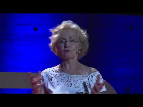 Et si on changeait de regard sur l'enfant ? | Catherine Gueguen | TEDxChampsElyseesED