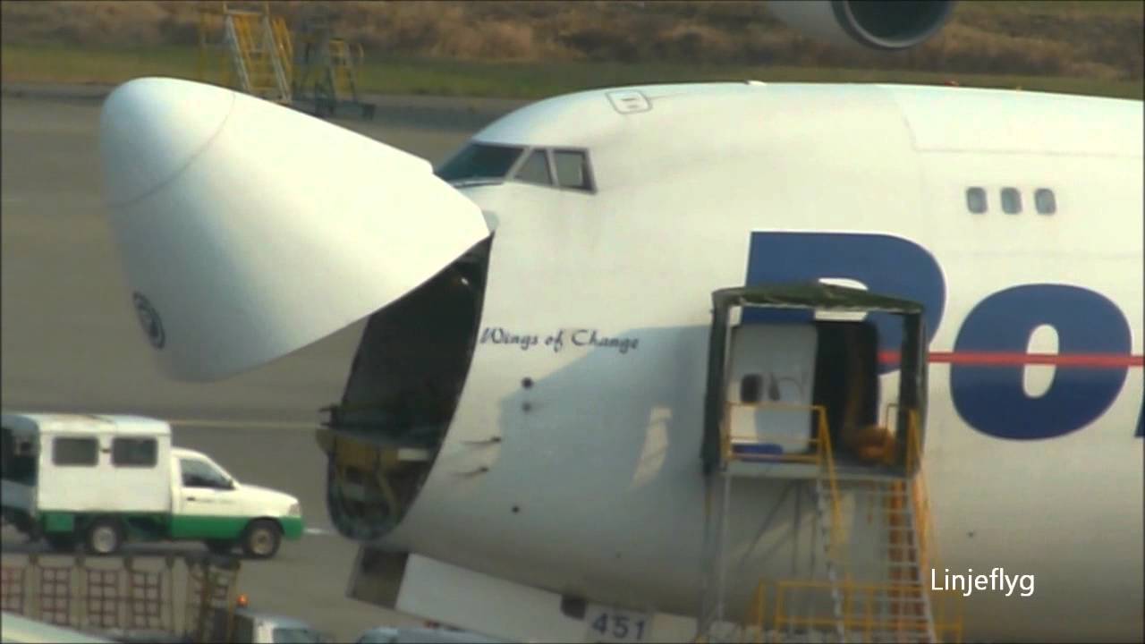 Opening of nose freight door of Polar Air Cargo Boeing 747-46N - YouTube & Opening of nose freight door of Polar Air Cargo Boeing 747-46N ...