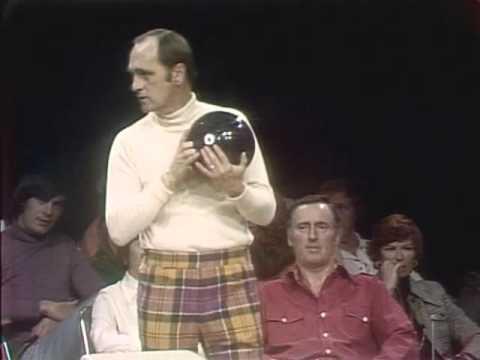 Bob Newhart & Dick Martin vs  Anthony Newley & Nipsey Russell