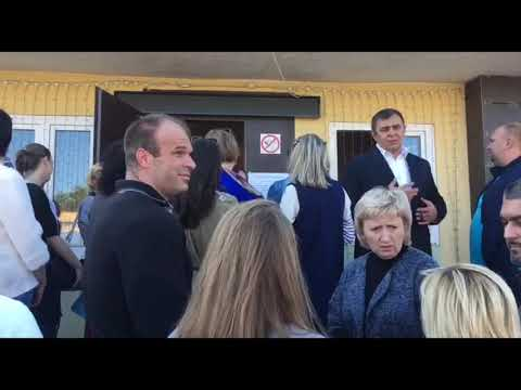 Люди не могут попасть на слушания по строительству мусоросжигательного завода в Тимохово