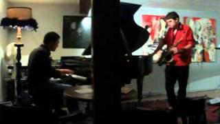 FEDERICO PASCUCCI (saxofone) DANIEL HEWSON (piano)
