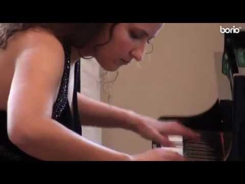 Gesprächskonzert der Pianistin Akdenizli im Schloss Velen