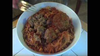 Cooking Caveman With Jeff Nimoy (unplugged) - Paleo Spaghetti & Meatballs