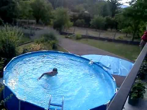 Crash a la piscine de luchon doovi for Piscine issoudun