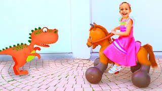 Clap clap and funny stories for kids. Children's songs of Maya and Mary