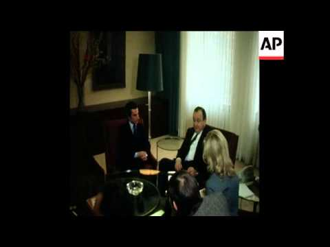 UPITN 18 3 76 PORTUGAL'S POPULAR DEMOCRATIC PARTY LEADER FRANCISCO SA CARNEIRO MEETS WITH HANS-DIETR